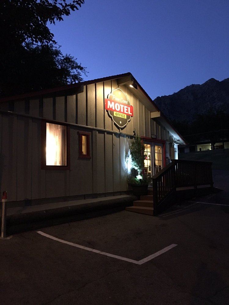 Piazza's Pine Cone Inn: 13383 Sierra Way, Kernville, CA