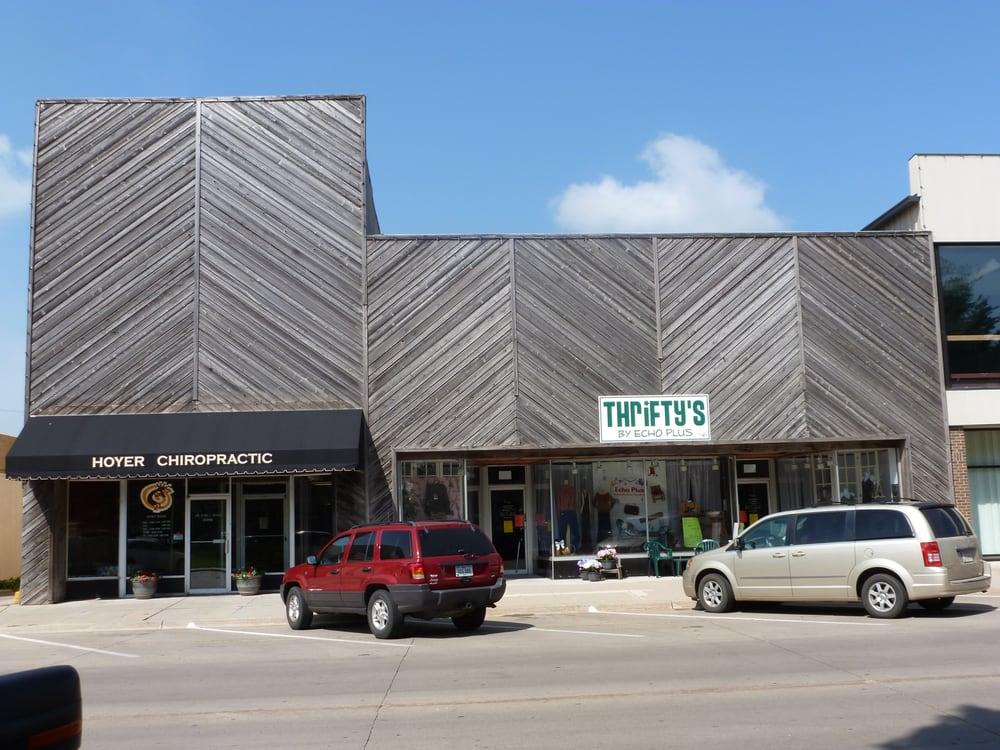 Thrifty's: 11 North 6th St, Estherville, IA