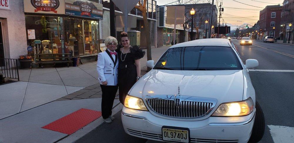 Al's Taxi & Limousine Service: 268 E Washington Ave, Washington, NJ