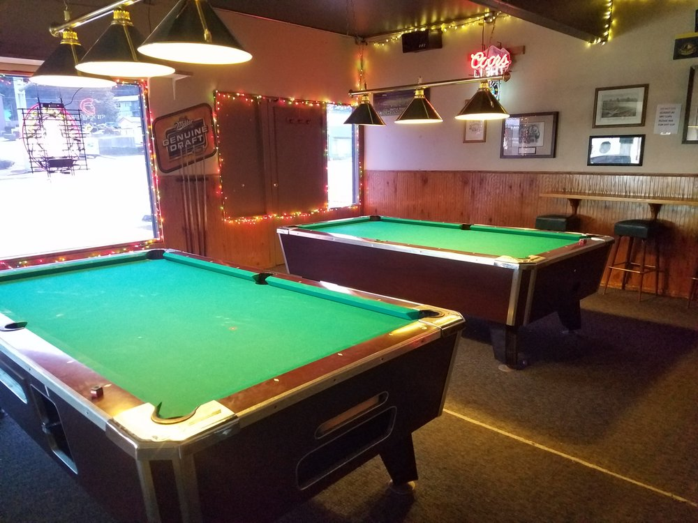 Upper Level Pool Tables Yelp - How to level a pool table