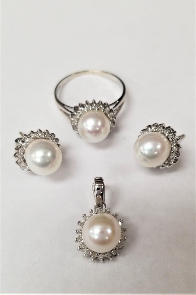 Our pearl sets up to 70 off yelp for Media jewelry los angeles