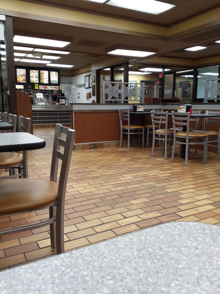 Carl's Jr: 1304 Broad St, Wichita Falls, TX