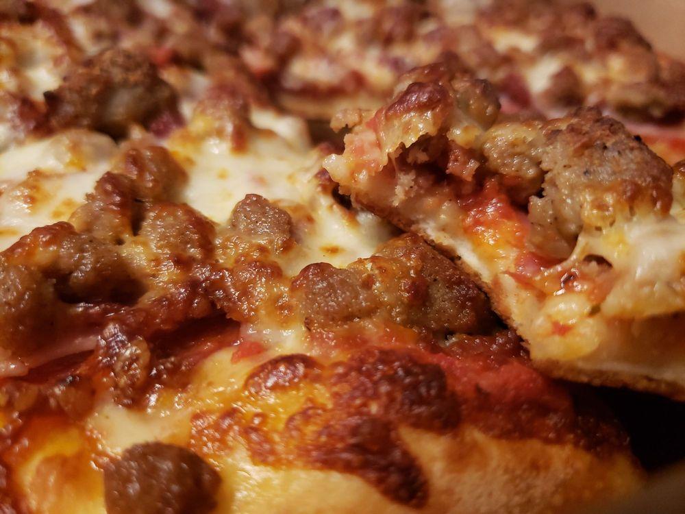 Pitza Pizza: 5373 Ehrlich Rd Suite, Tampa, FL