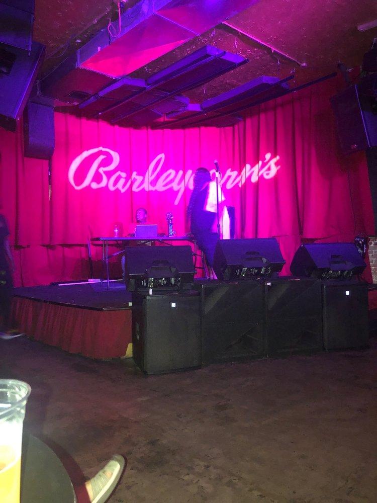 Barleycorn's: 608 E Douglas Ave, Wichita, KS
