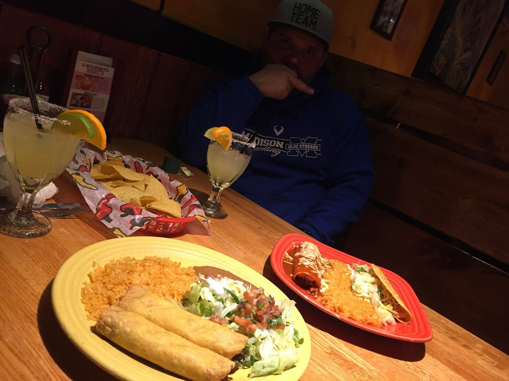El Patron Mexican Grill & Cantina: 301 Ctr St, Chardon, OH