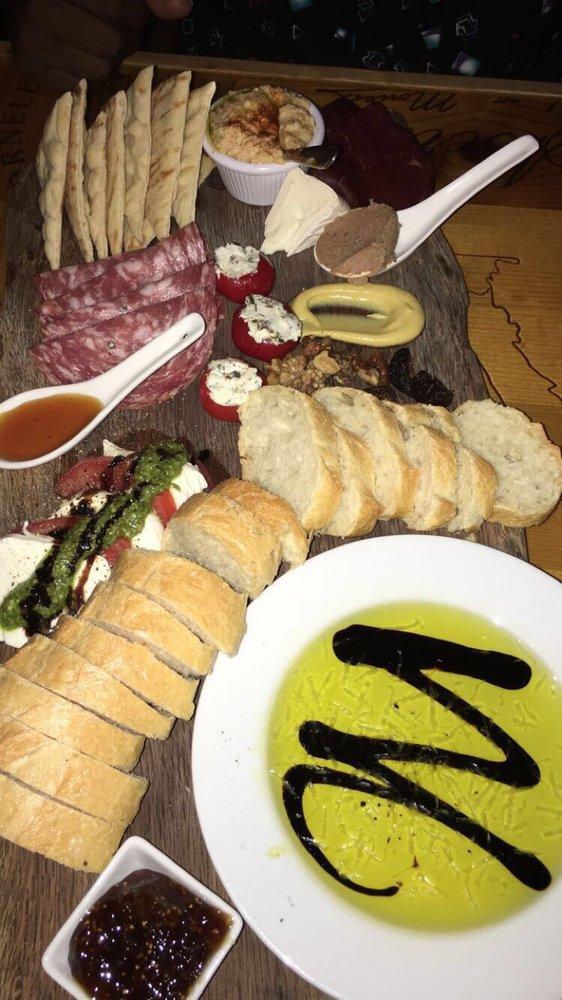 avondale wine and cheese