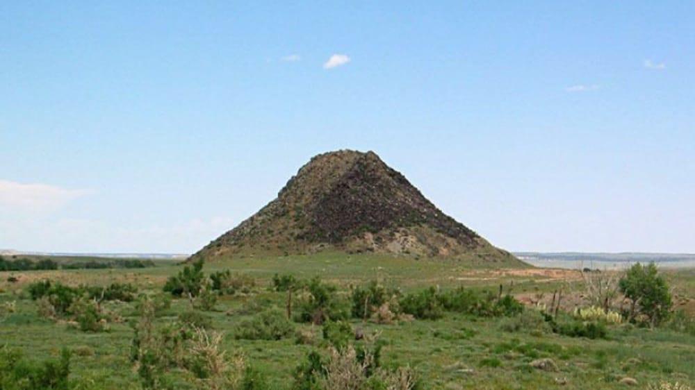Huerfano Butte: Huerfano County, CO