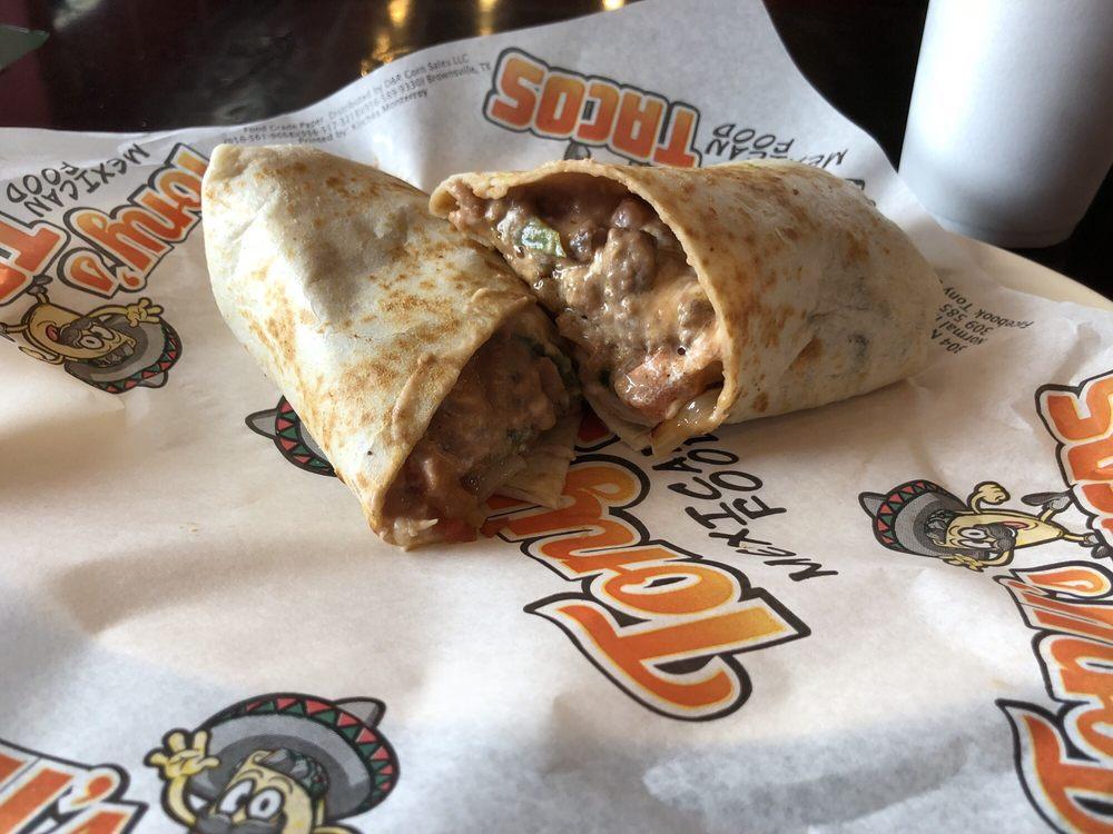 Food from Tony's Tacos