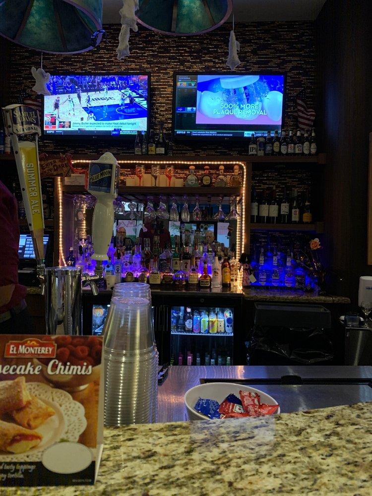 Vacancy Bar: 13700 SW 139th Ct, Miami, FL