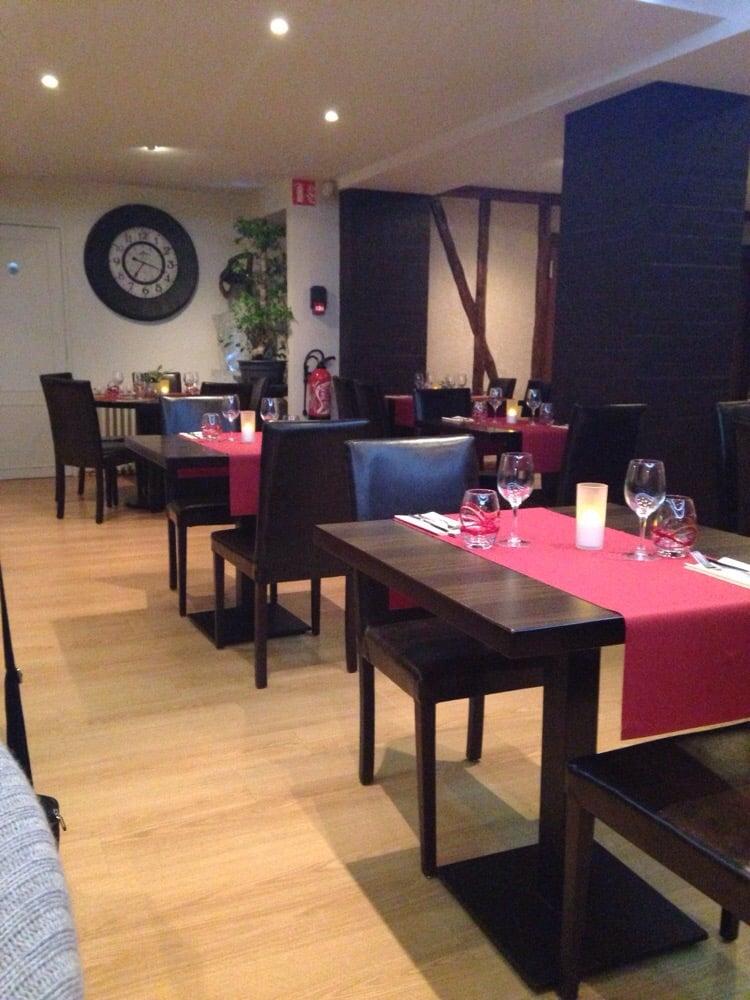 Le Restaurant du Soleil: 19 Rue Paris, Sézanne, 51