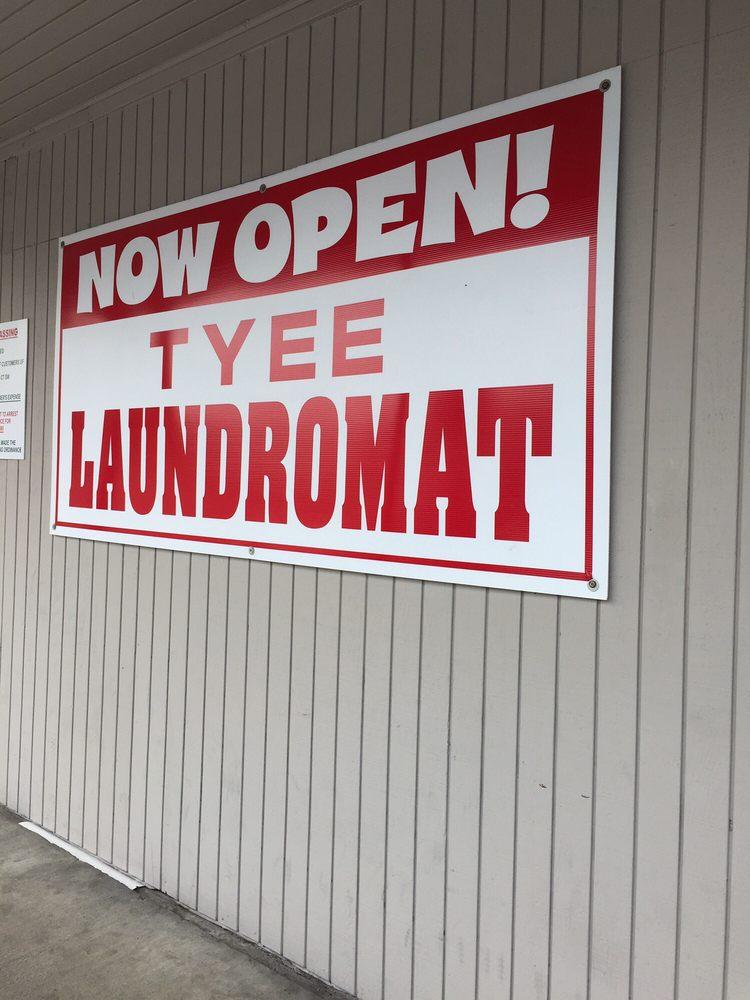 Tyee Laundromat: 4924 115th St Ct SW, Lakewood, WA