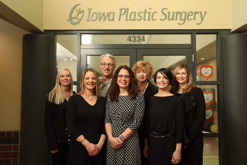 Iowa Plastic Surgery: 4334 E 53rd St, Davenport, IA