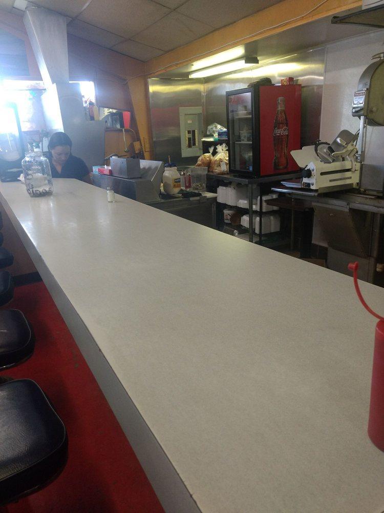 Dunnigan Genl Store: 3660 County Rd 99 W, Dunnigan, CA