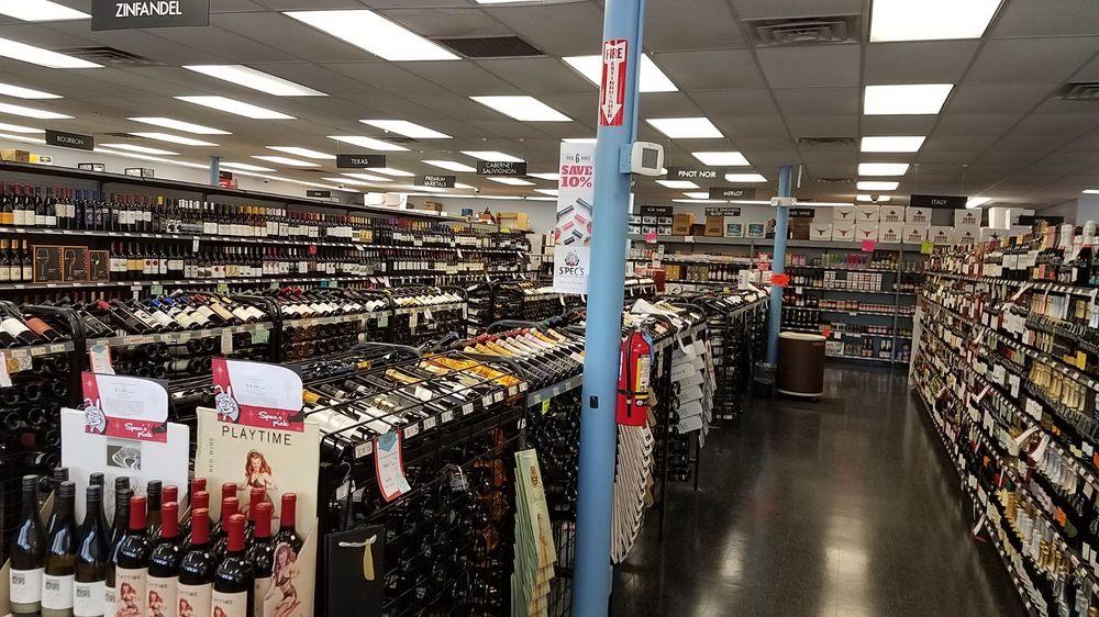 Spec's Wines, Spirits & Finer Foods: 5720 New Territory Blvd, Sugar Land, TX