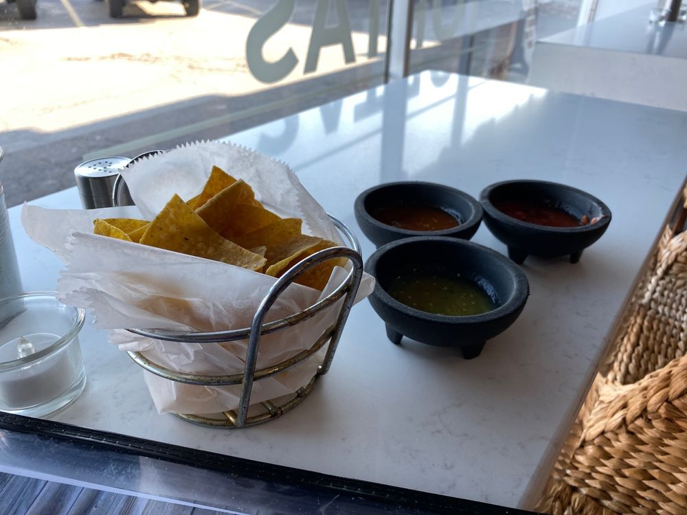 Galindo's A Taste of Mexico: 13754 Fort St, Southgate, MI