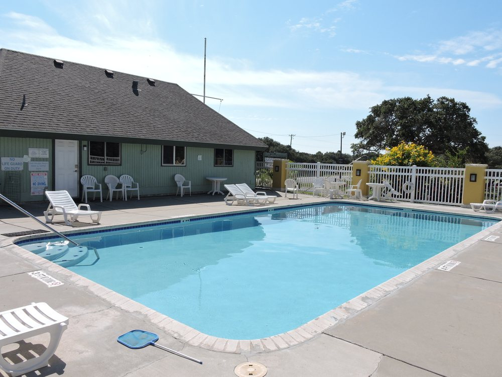 Bay View RV Resort: 5451 Hwy 35 N, Rockport, TX
