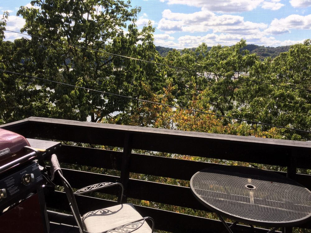 Cliffside Manor Apartments: 200 Cliffside Dr, Pittsburgh, PA