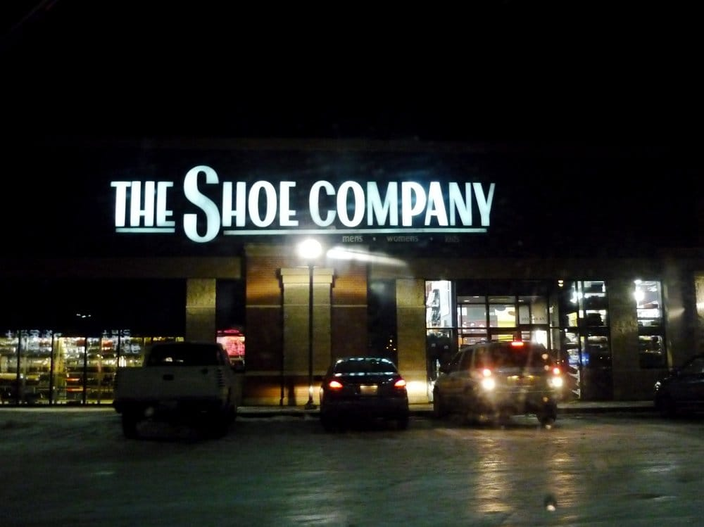 The shoe company zapater as 2022 99 street nw for Kitchen cabinets 99 street edmonton