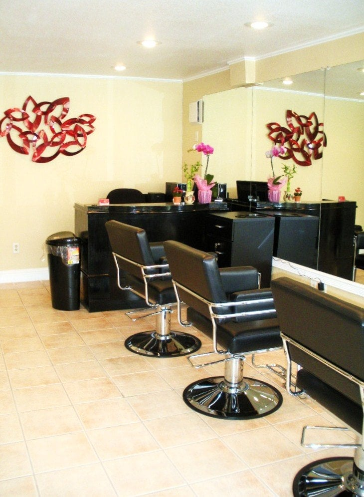 Le rouge beauty salon cerrado salones de belleza for Actual beauty salon