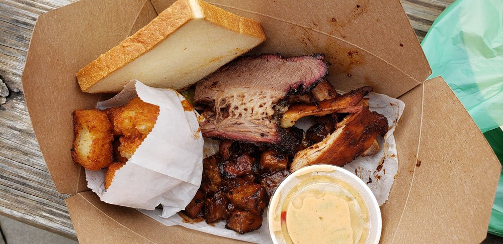 Food from Two Scotts Barbecue