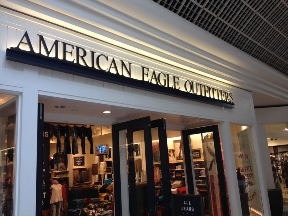 Clothing stores in warwick ri