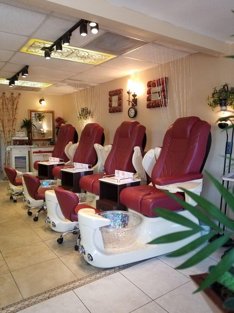 Pinky Elegant Nails: 2090 Aloma Ave, Winter Park, FL