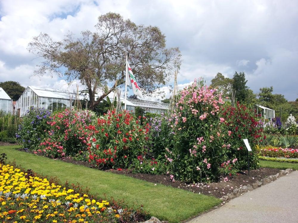 Singleton Botanical Gardens 16 Photos Parks Singleton Park Swansea United Kingdom