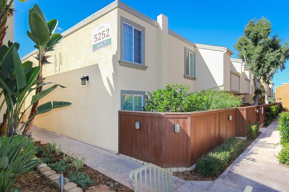 CC Summerfield - Coldwell Banker Residential Brokerage: 1851 Cable St, San Diego, CA