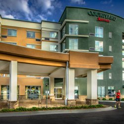 Photo Of Courtyard By Marriott Charleston Downtown Civic Center Wv United