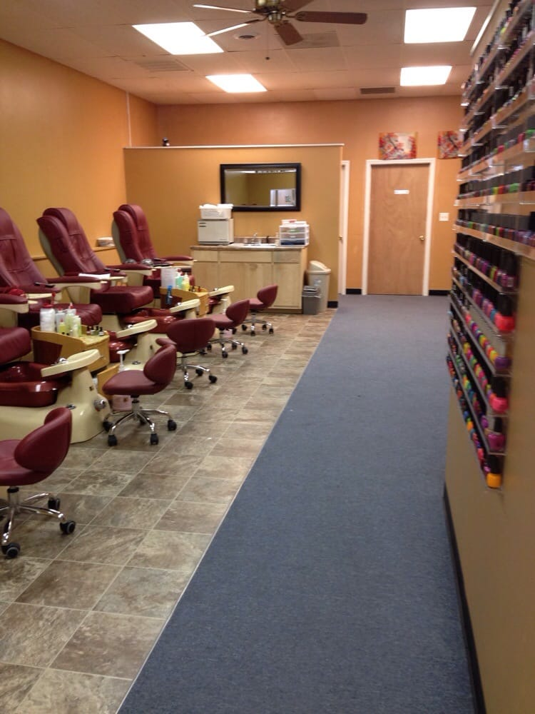 Number 1 Nails: 3547 Fayetteville Rd, Lumberton, NC