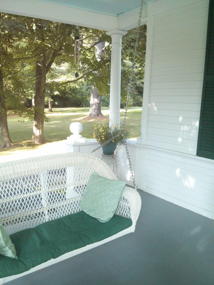 Whitney House Inn: 3978 Rte 7A, Arlington, VT