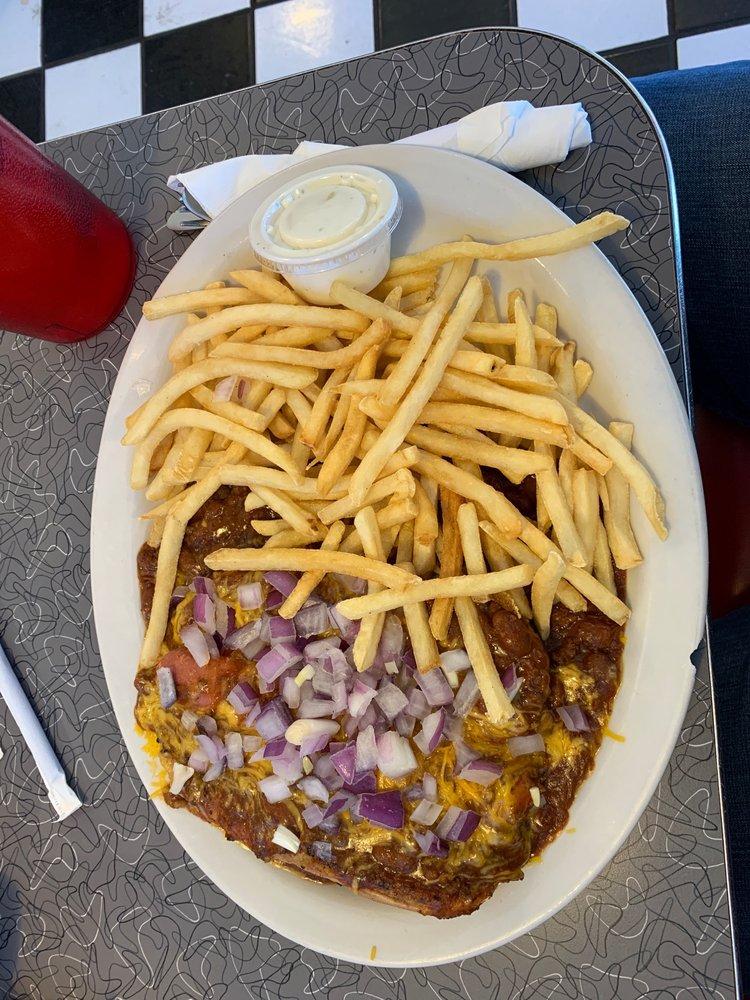 The Diner on Main: 103 Main St, Bagdad, AZ