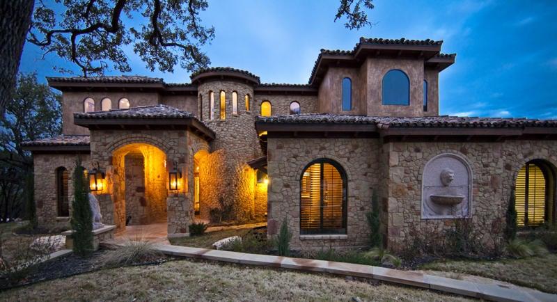 Collinas Design & Construction: 2402 Quenby St, Houston, TX