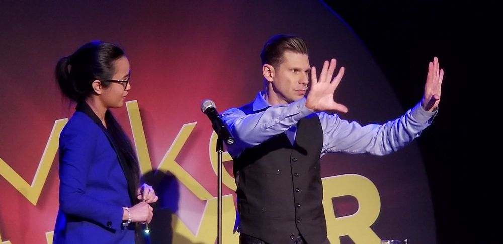 Mike Hammer - Comedy Magic Show
