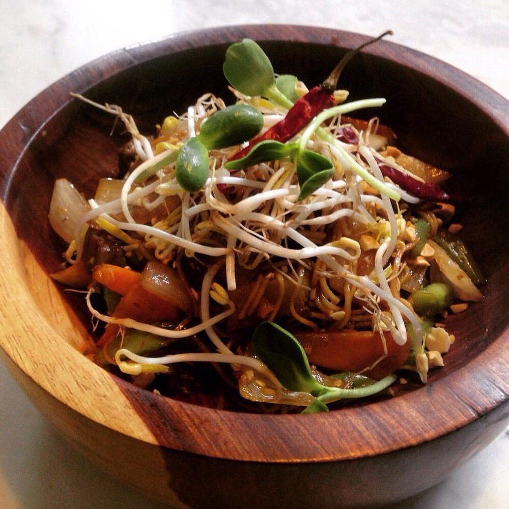 Wok playa cocina tailandesa 10 av sur s n centro - Wok 4 cocinas granollers ...