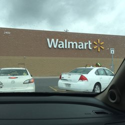 purchase cheap 681e8 a82e8 Walmart Supercenter - 14 Reviews - Department Stores - 2400 ...