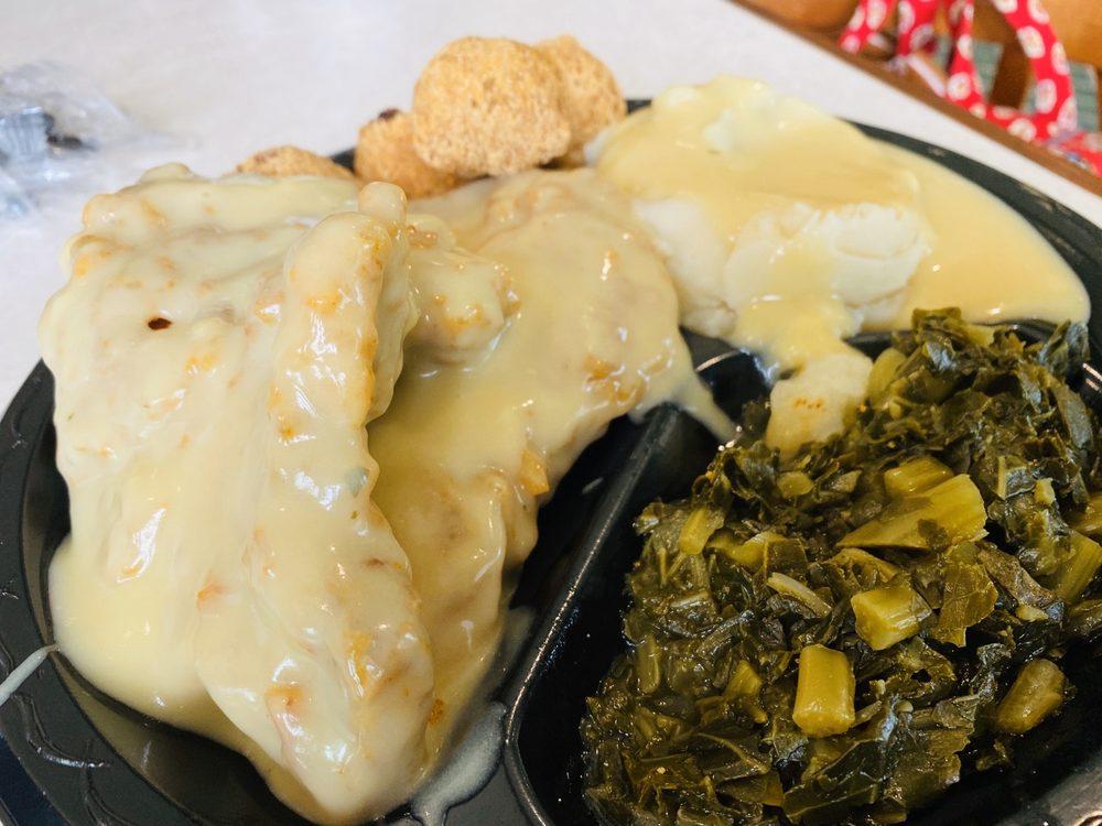 Roz's Cafe: 390 Baltzell Ave, Fort Benning, GA