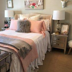 Layers Beautiful Bedding At Gardner Village - 137 Photos - Home ... : gardner village quilt shop - Adamdwight.com