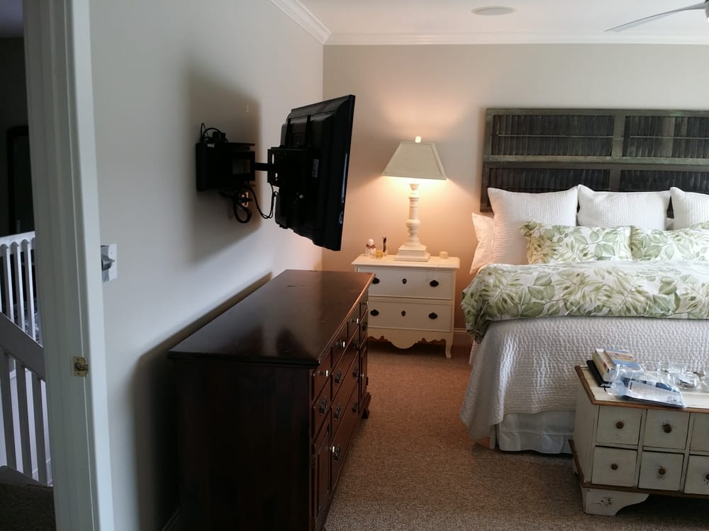 Photo Of On Wall TV Install   Alexandria, KY, United States. TV In