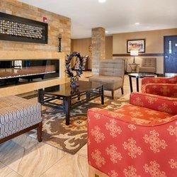 Photo Of Best Western Woodland Inn Wa United States Lobby