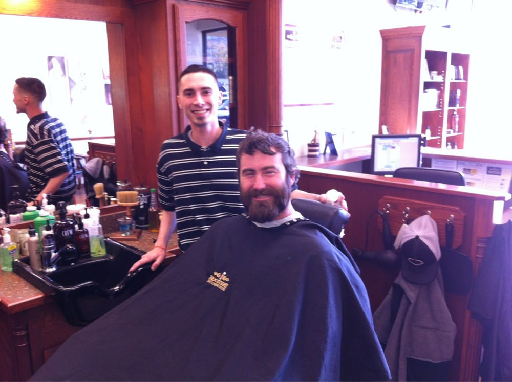 st louis cardinals pitcher jason motte getting a haircut and beard trim at roosters yelp. Black Bedroom Furniture Sets. Home Design Ideas