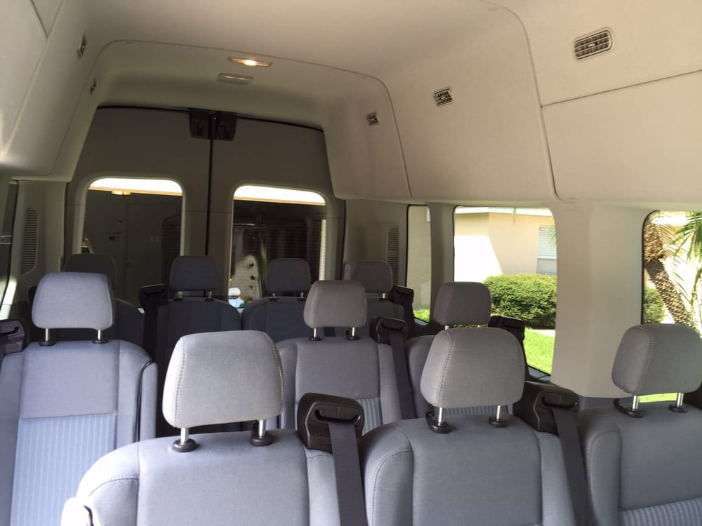 CNR Shuttle Services: 2430 Abalone Blvd, Orlando, FL