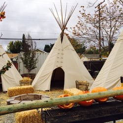Photo Of Red House Bbq Tehachapi Ca United States Backyard