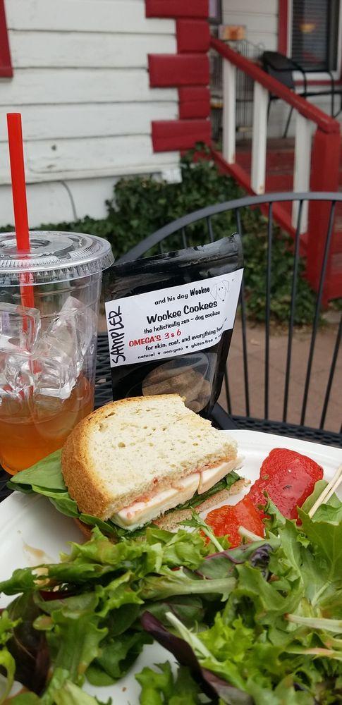 Cuppers Coffeehouse: 224 S Montezuma St, Prescott, AZ