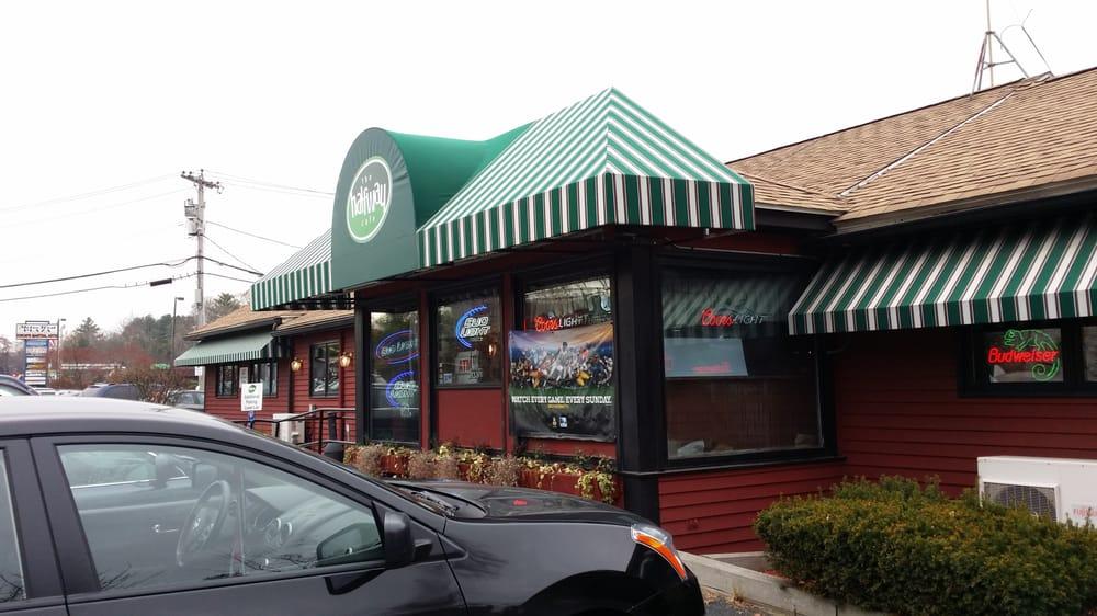 Halfway cafe 15 photos 83 reviews american for Fish restaurant marlborough ma