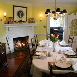 Superbe A Williamsburg White House Bed And Breakfast Inn