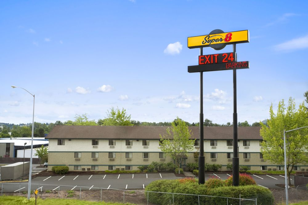 Super 8 Portland Airport 26 fotos y 28 rese as Hoteles y viajes 11011 N