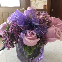 Photo of Valley Flowers and Gifts - Spring Valley, IL, United States. Bouquet