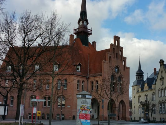 rathaus town hall rathausplatz 1 nauen brandenburg germany phone number yelp. Black Bedroom Furniture Sets. Home Design Ideas