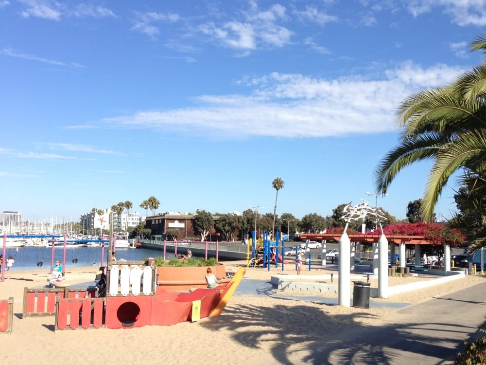 Marina Del Rey Beach Restaurants
